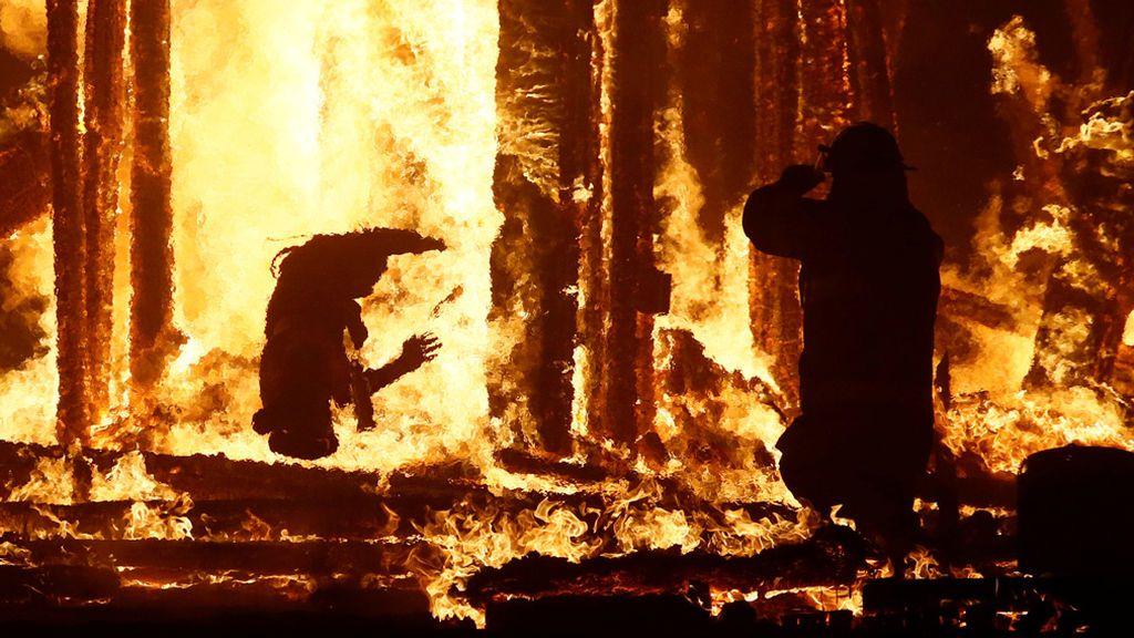 hombre quemado en festival 3