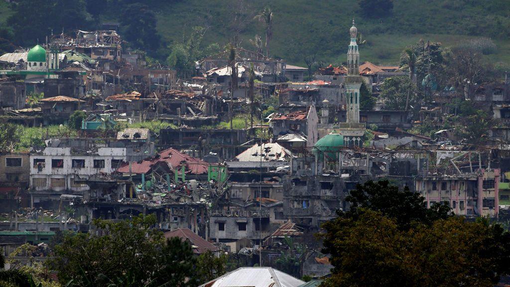 Siguen las operaciones contra el Estado Islámico en zonas de la ciudad de Marawi