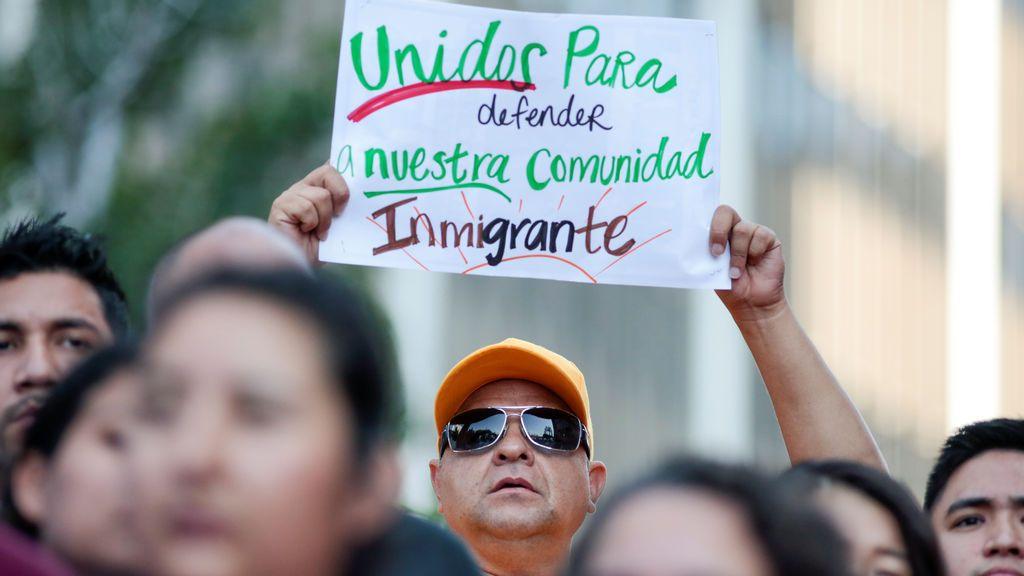 Trump deroga el programa que impide la deportación de 800.000 'dreamers'