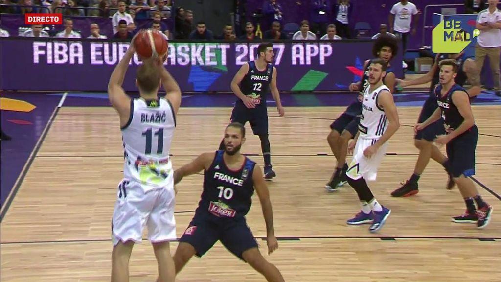 ¡Eslovenia rompe el partido ante Francia! Blasic pone la máxima diferencia (44-29)