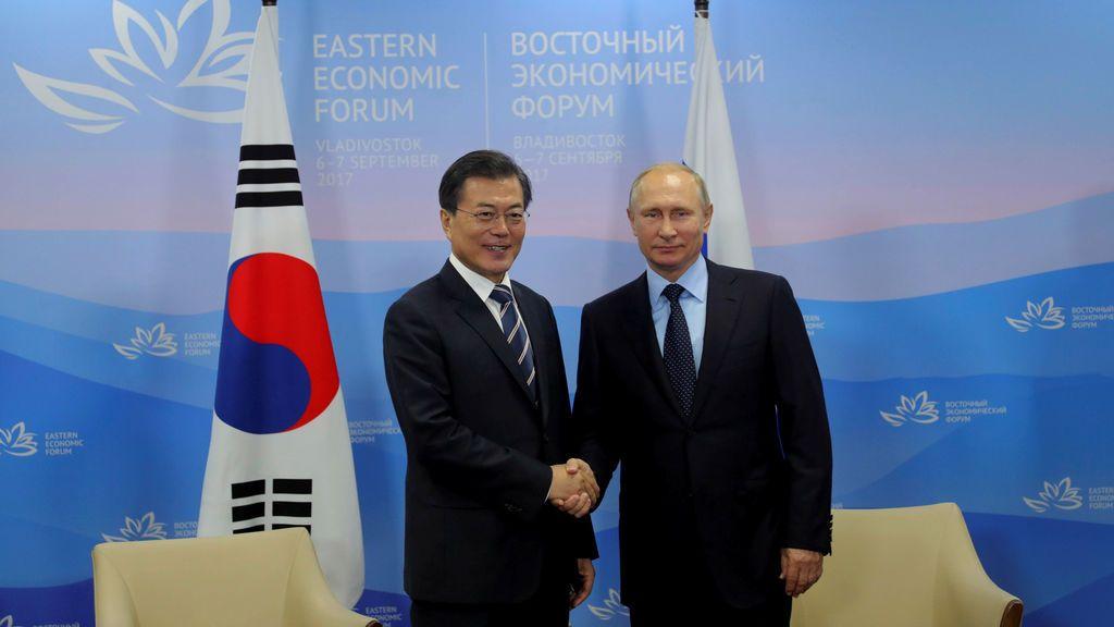 Moon advierte de que la situación podría ser impredecible si Corea del Norte no cesa sus acciones provocativas