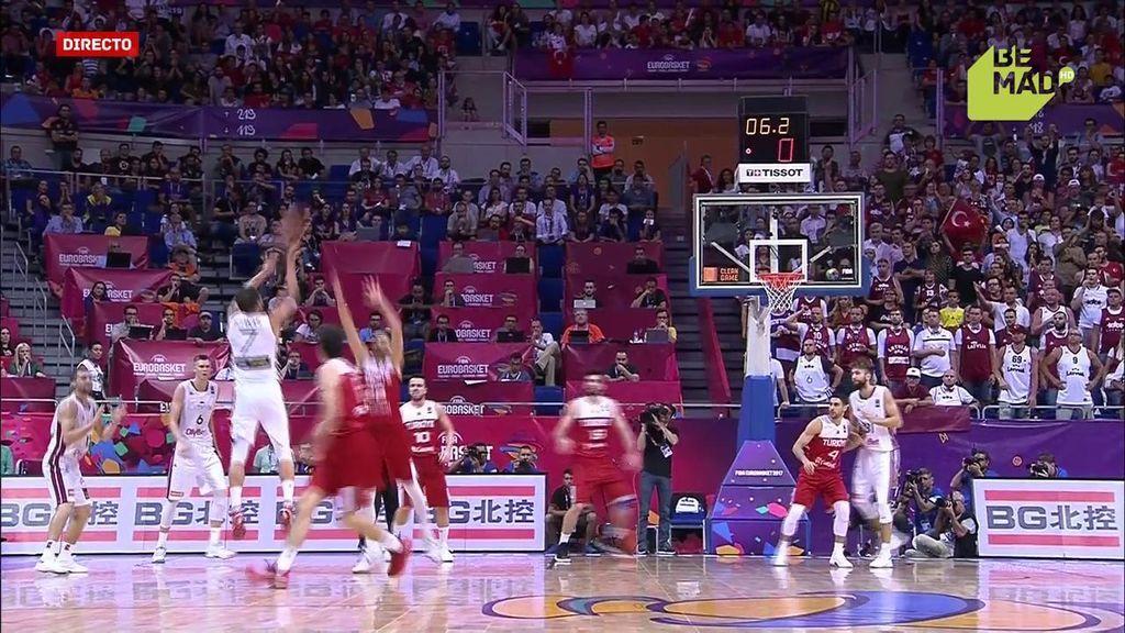¡Más sobre la bocina que nunca! El triple más ajustado de todo el Eurobasket