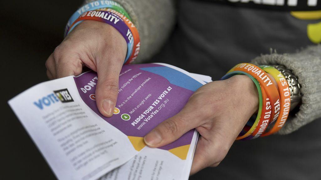 Tribunal Superior de Australia aprueba encuesta postal sobre bodas gáis