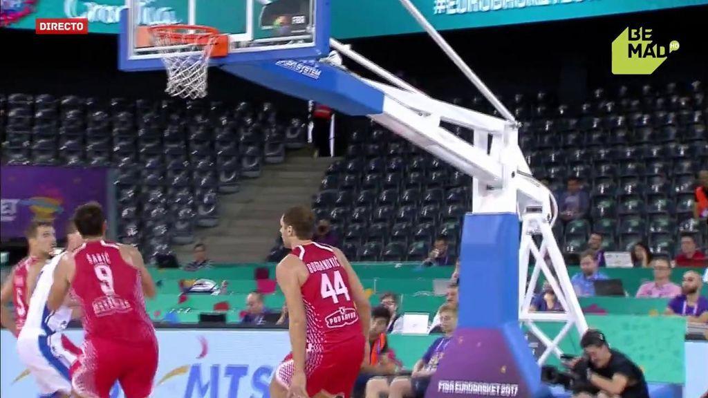 ¡Contra de 4-1! Bogdanovic, Simon, Kruslin y… ¡mate espectacular a una mano de Saric!