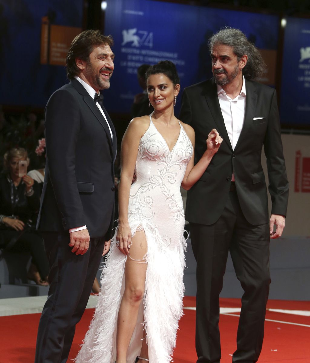 Fernando León de Aranoa, con quien Javier ya trabajó en 'Los lunes al sol', es el director de la cinta