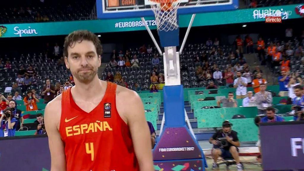 ¡Emoción a flor de piel! Gran ovación a Pau Gasol, máximo anotador de la historia del Eurobasket