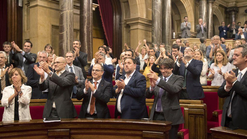 El Parlament aprueba la ley de transitoriedad