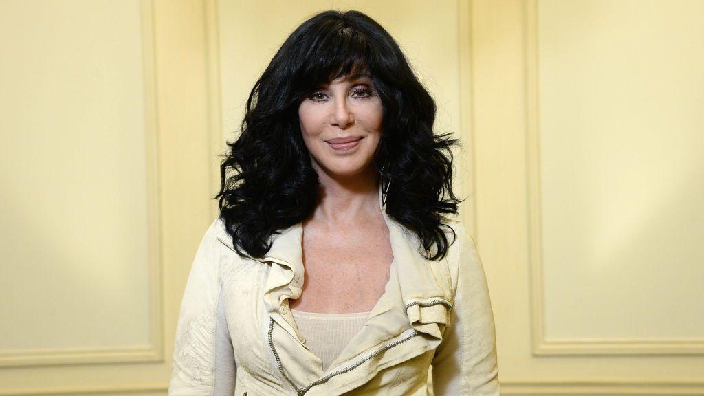 """Cher amenaza a una usuaria en Twitter: """"Mantén los ojos abiertos zorra"""""""