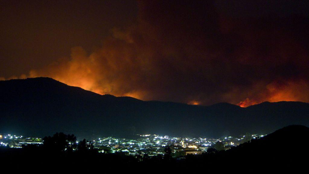 """El alcalde de Riotinto alerta del """"desastre ecológico"""" provocado por el incendio"""