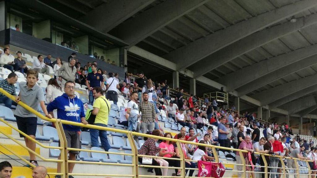 Fallece un aficionado de 81 años de la Cultural tras celebrar el último gol de su equipo ante el Valladolid