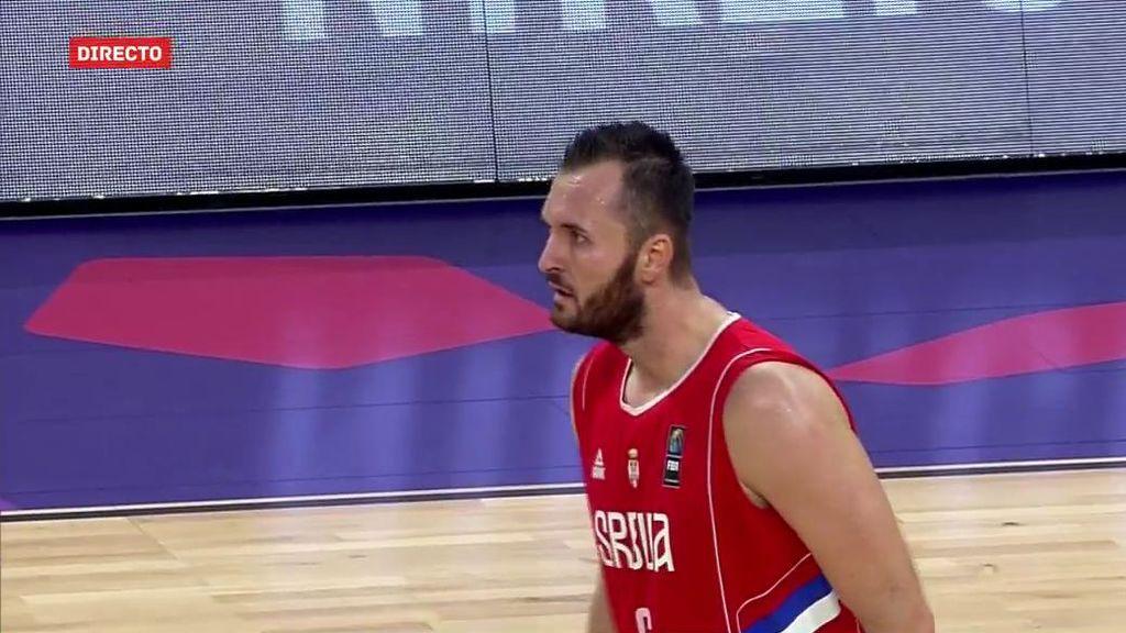 ¡Serbia acribilla a Italia a base de triples y se pone once arriba!