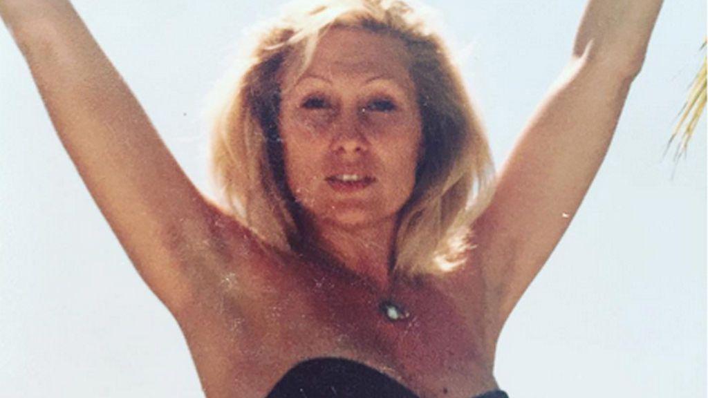 El cuerpazo en bikini de Rosa Benito cuando era una veinteañera