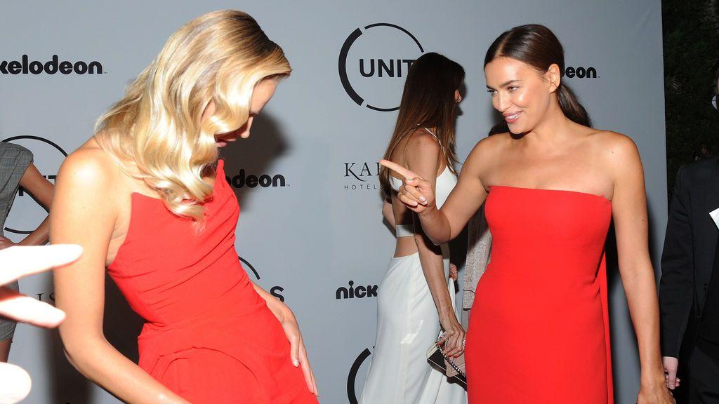 Cuando Irina Shayk y Natasha Poly deciden vestir de rojo pasión