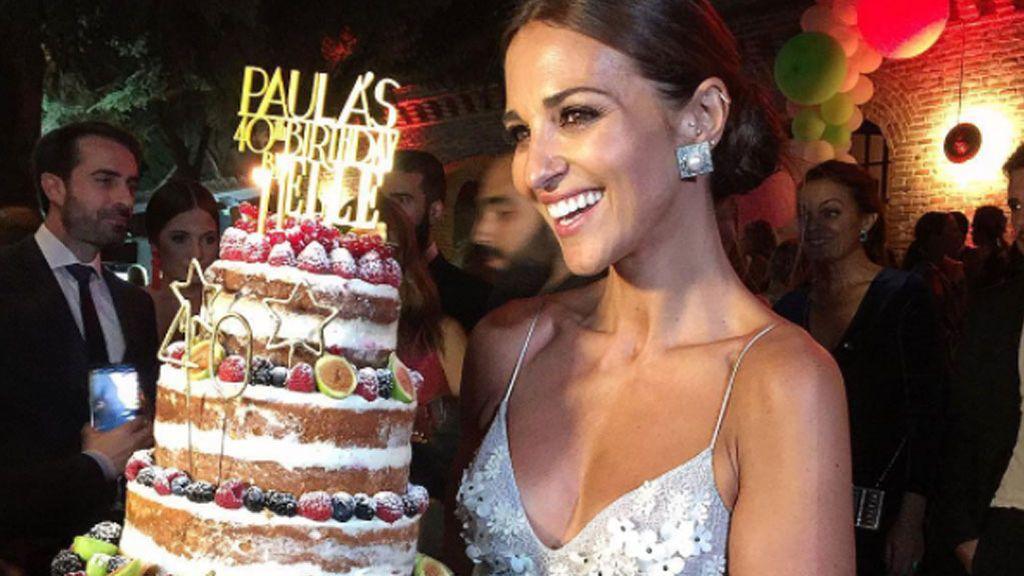 #Happy40Paula: así fue el cumple de PauEche, con vestidazo de princesa y Daniella como acompañante