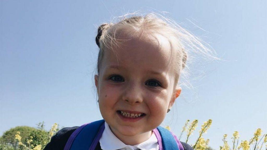 Una niña de cinco años muere repentinamente días después de asistir a un cumpleaños