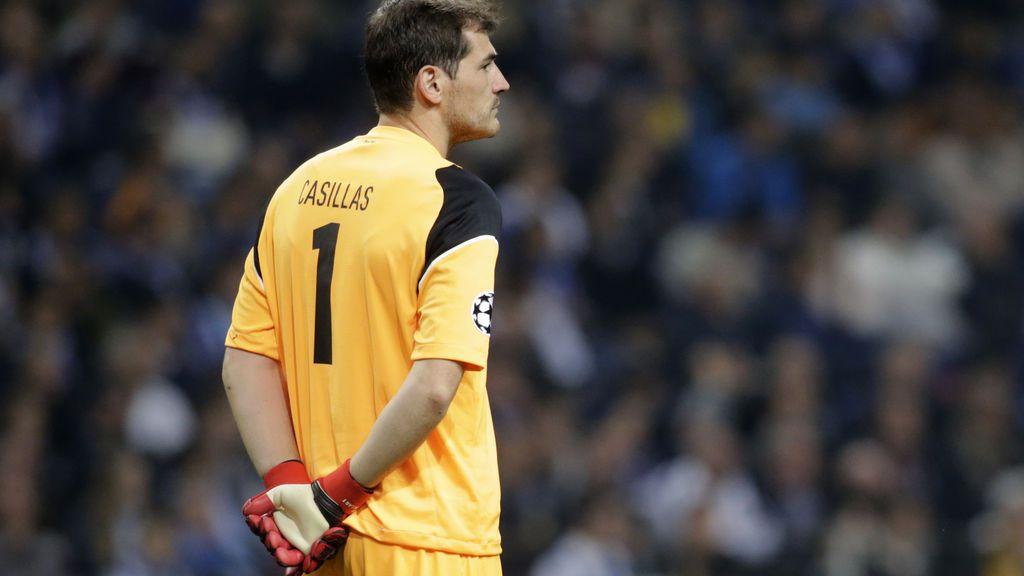 Casillas tuitea solamente este emoticono y vuelve loco a sus 'followers'