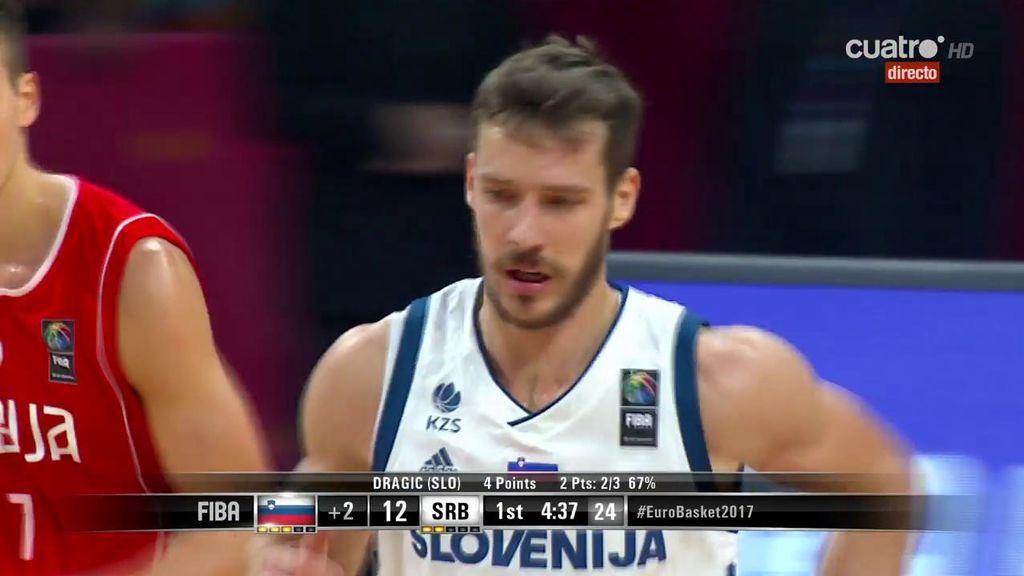 ¡De escándalo! Dragic se metió hasta la cocina con Marjanovic delante