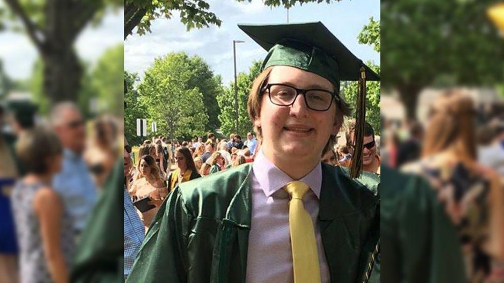 Posible novatada mortal: fallece un joven universitario de 18 años