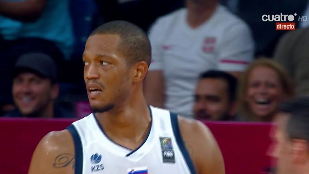 ¡La canasta de Eslovenia  que vale una medalla de oro del Eurobasket!