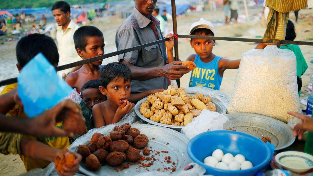 Casi 600.000 niños refugiados en Bangladesh por la persecución rohingya en Birmania