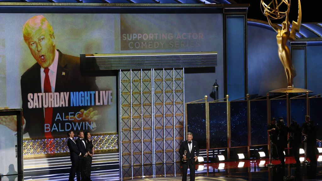 Los sketches de Trump da a 'Saturday Night Live' el Emmy a mejor Talk Show