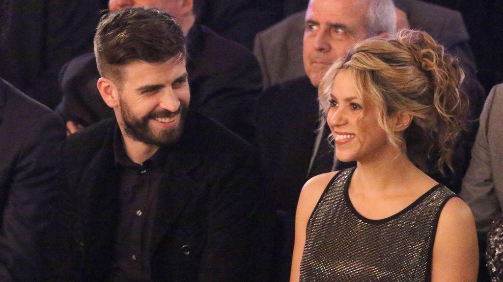 Piqué acalla los rumores de ruptura con Shakira con una tierna estampa familiar