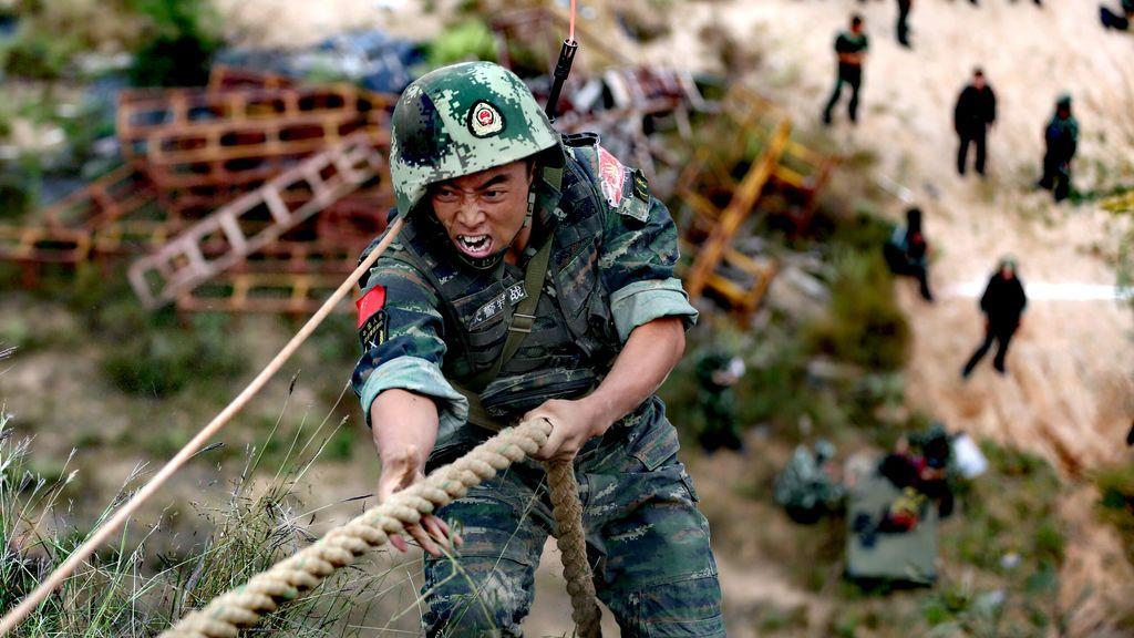Paramilitar en una sesión de entrenamiento en Xinzhou
