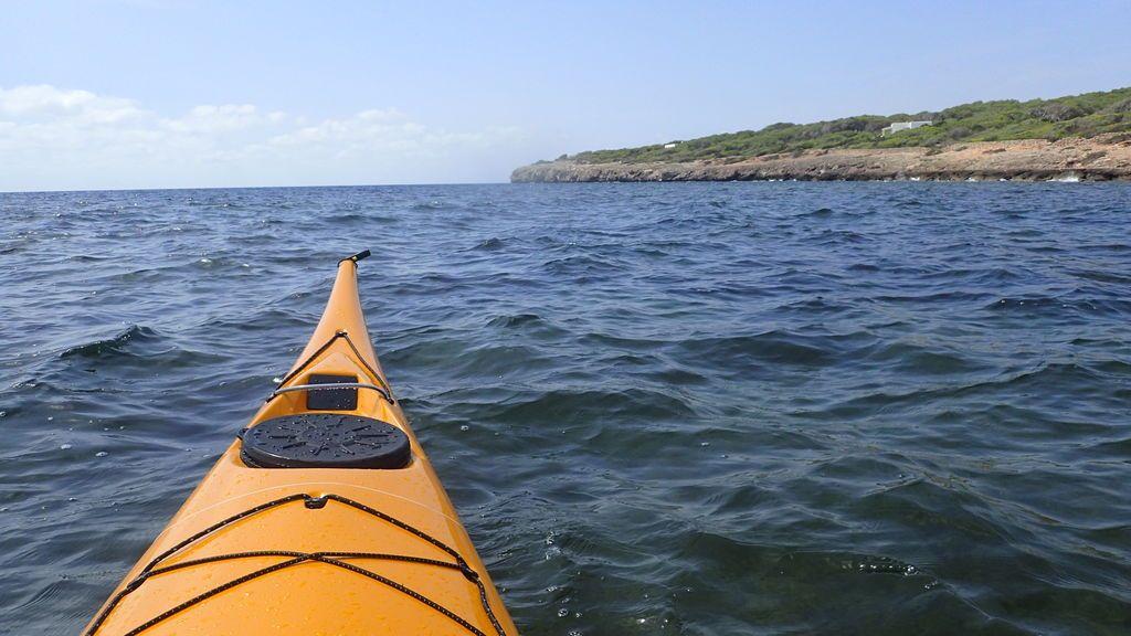 El gran peligro que me encontré al navegar en kayak la paradisíaca isla de Formentera