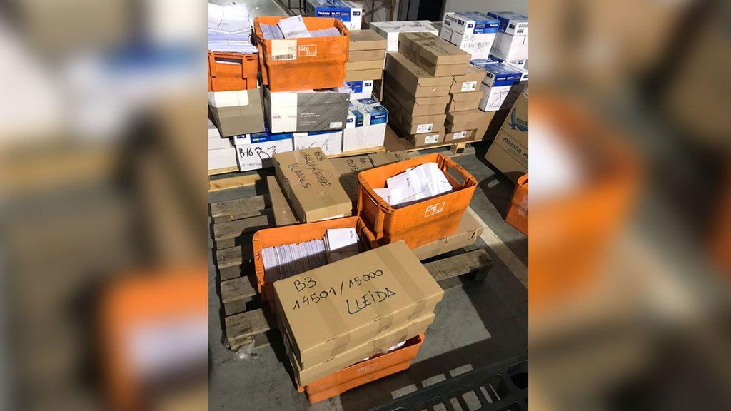 La Guardia Civil interviene más de 45.000 sobres nominales para constituir las mesas del 1-O