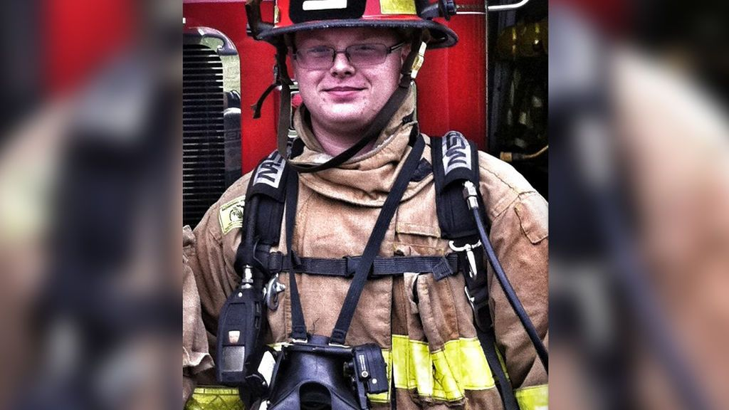 "Suspendido un bombero por afirmar que prefiere ""salvar a un perro a un millón de negros"""