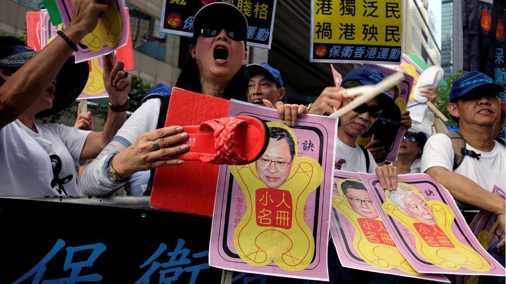 Manifestación en Hong Kong contra el fundador de Occupy Central