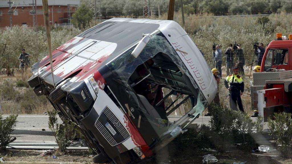 Archivan la causa contra el chófer del bus de Tarragona en el que murieron 13 Erasmus en 2016