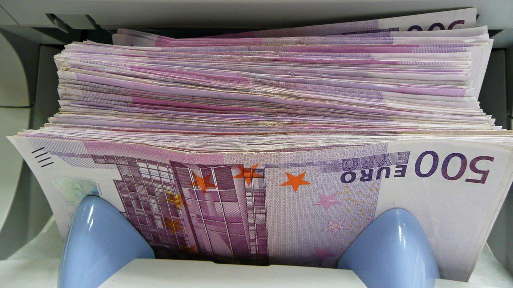 Ginebra investiga varios atascos en retretes por decenas de billetes de 500 euros