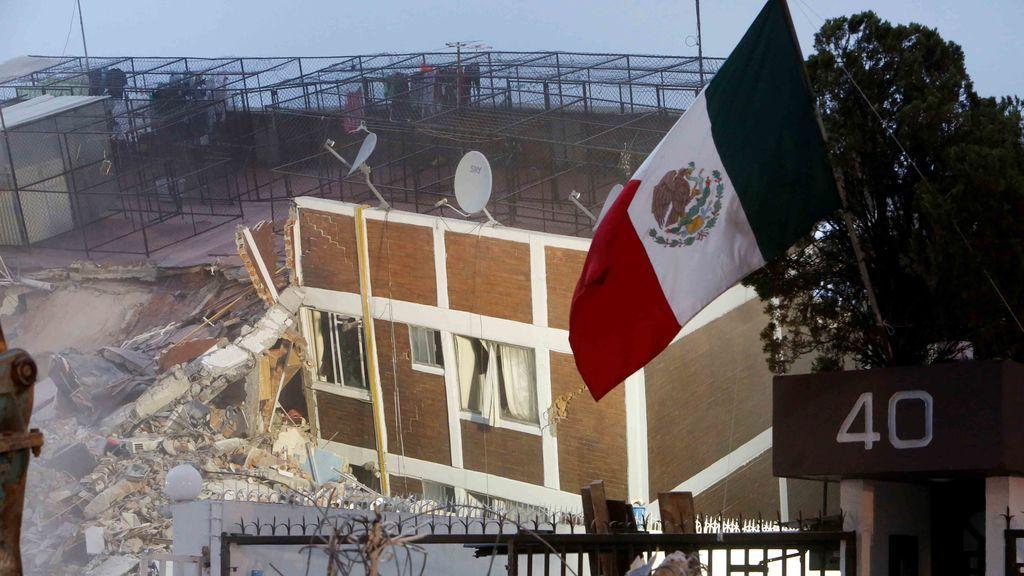 El presidente de México decreta tres días de luto nacional por el terremoto