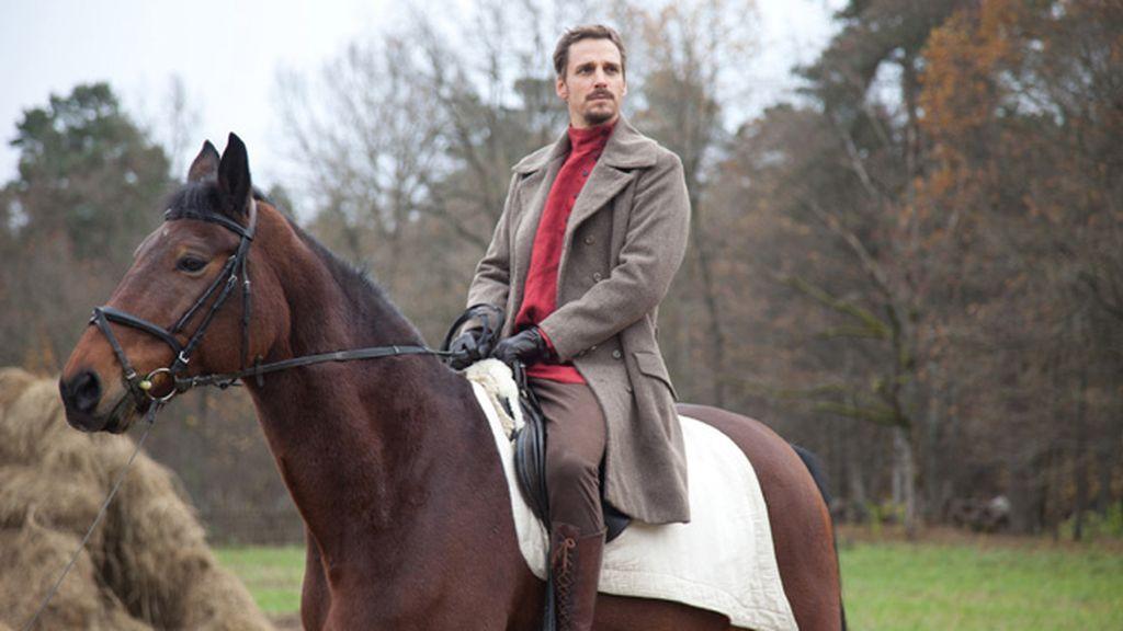 La miniserie llega a España tras el éxito de su estreno en Italia, con más de cinco millones de espectadores