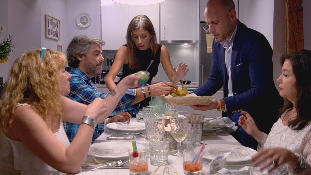 'Ven a cenar conmigo' se estrena el lunes 18 (22.45) en Cuatro