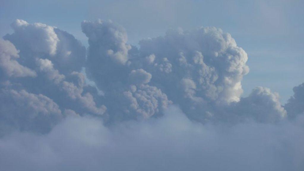 Calleja, en el 'sarao' del volcán (Cuatro)
