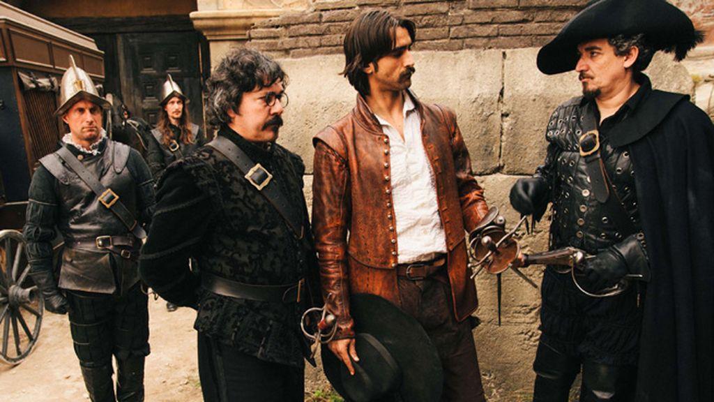 Quevedo (Miguel Hermoso), Alatriste (Aitor Luna) y Saldaña (Ángel Solo)
