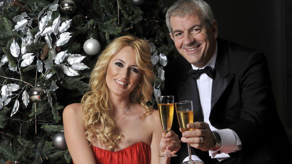 Carlos Sobera y Carolina Cerezuela, Campanadas 2011 en Antena 3 (23.45)