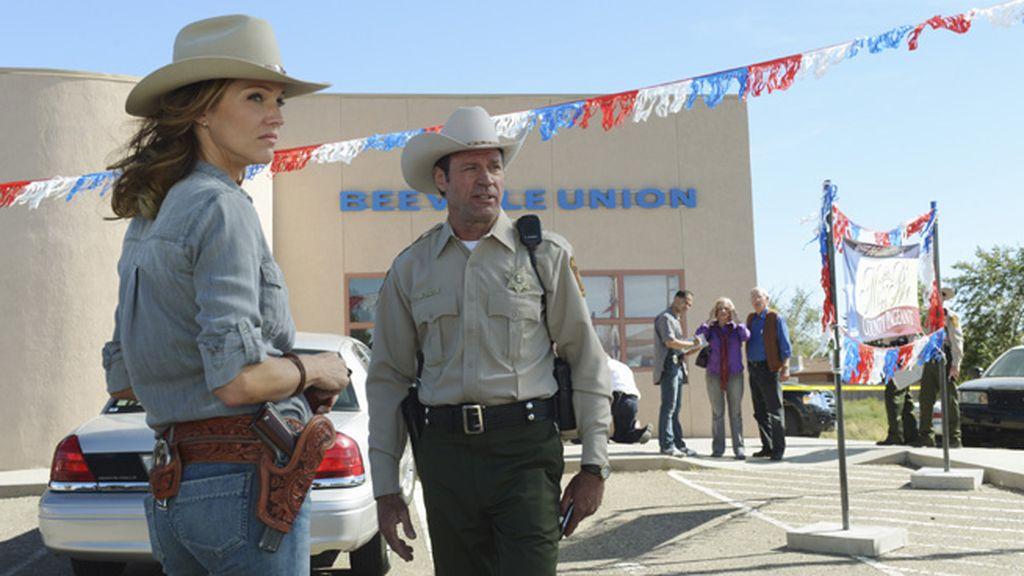 La única mujer de los Rangers de Texas persigue mujeres asesinas