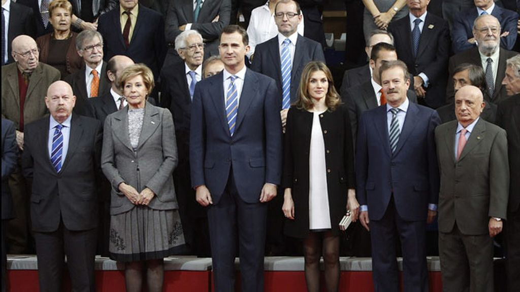 """Felipe de Borbón destaca el trabajo """"imprescindible"""" del medio"""