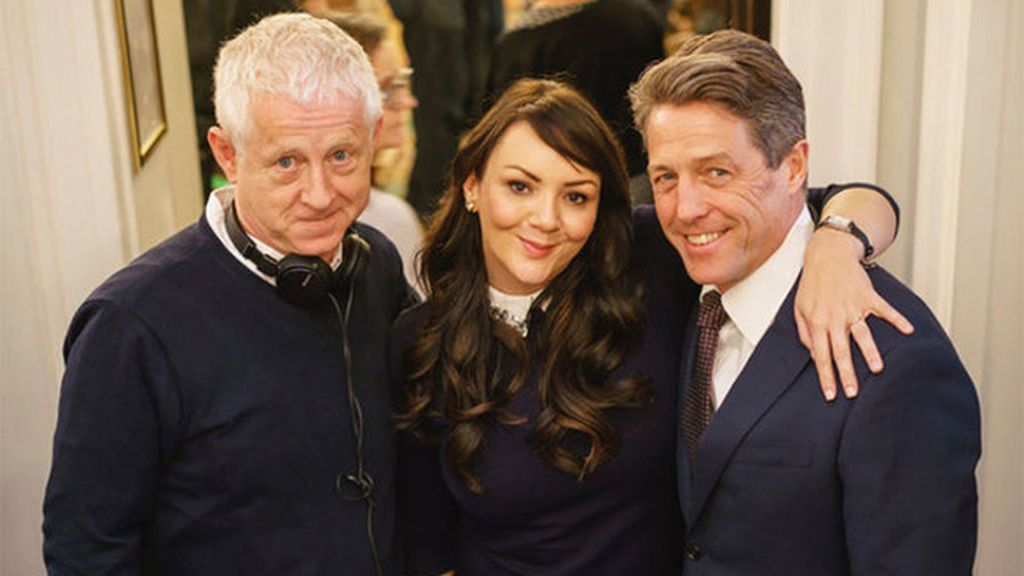 Richard Curtis, con Martine McCutcheon (Natalie) y Hugh Grant (David)