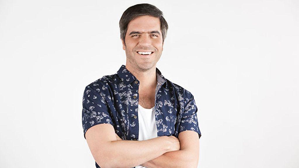 Ernesto Sevilla es Teodoro