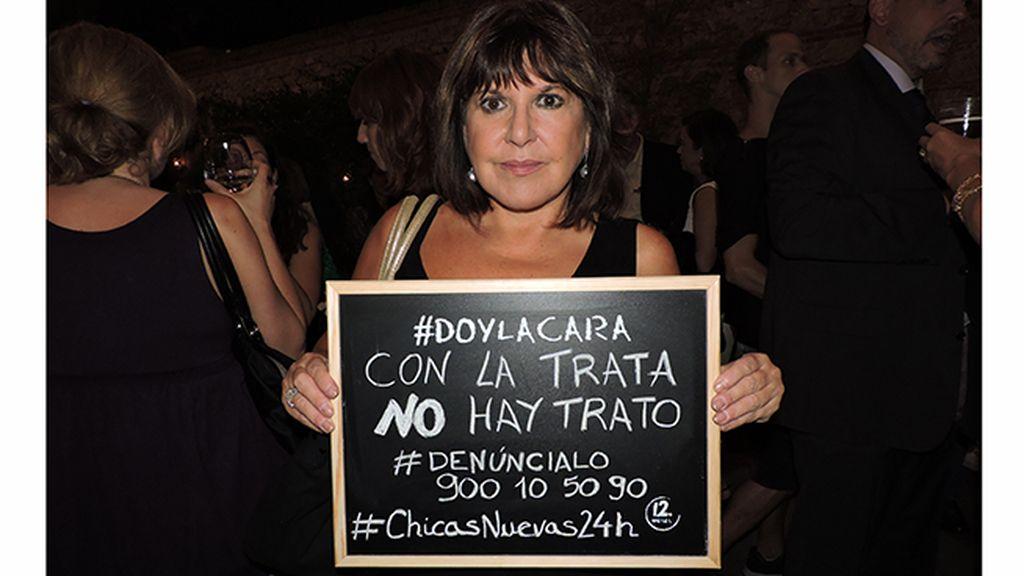 Loles León da la cara en el estreno de 'Chicas Nuevas 24 Horas'