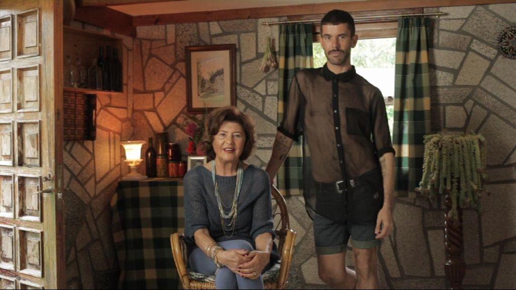 Pedro (30 años, estilista) y Mary. Ferrol