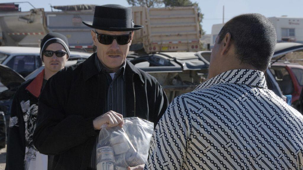 Diez Premios Emmy avalan el drama protagonizado por Bryan Cranston