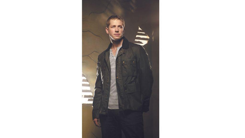.  Henry (Jared Gilmore) reclama el rescate de su madre biológica (Jennifer Morrison)