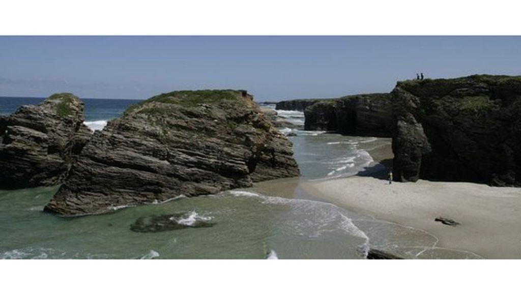 Violeta Carballo: Playa de las Catedrales, en Ribadeo (Lugo).