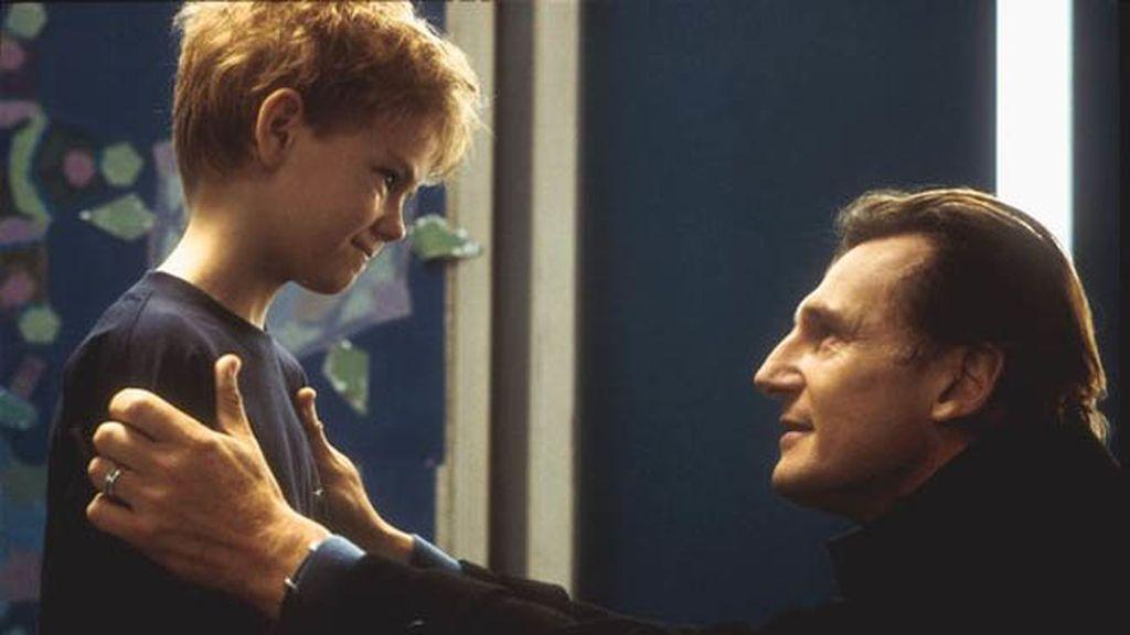 Liam Neeson (Daniel) y Thomas Brodie-Sangster (Sam)