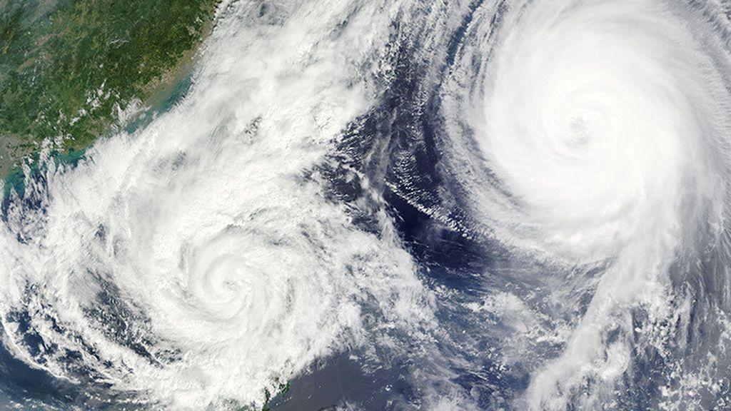 Efecto Fujiwhara: ¿qué ocurre cuando dos huracanes se unen?